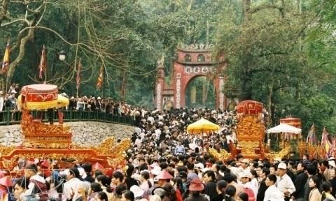 Le film bilingue « Le temple des Rois Hung - La patrie sacree » voit le jour hinh anh 1