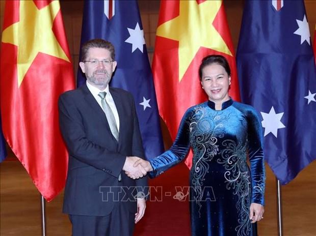 La presidente de l'AN vietnamienne s'entretient avec le president du Senat australien hinh anh 1