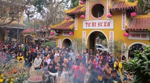 Aller a la pagode au Nouvel An lunaire - belle coutume des Vietnamiens hinh anh 1