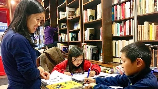 Les jeunes Vietnamiens a l'etranger s'orientent vers leur pays d'origine hinh anh 1