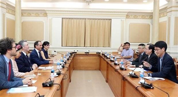 HCM-Ville renforce ses liens avec l'agence francaise de developpement hinh anh 1