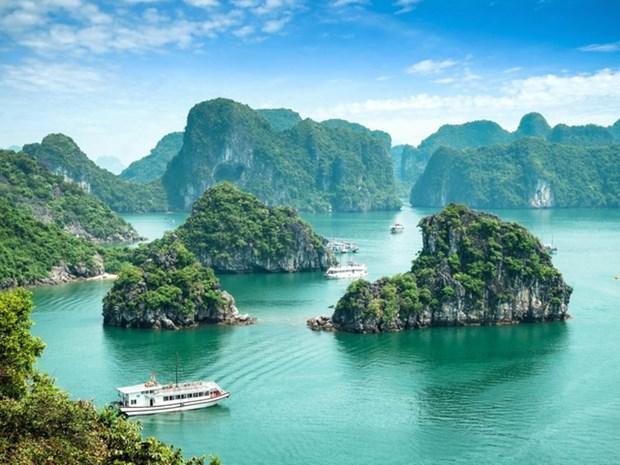 La baie d'Ha Long parmi les merveilles naturelles du monde hinh anh 1