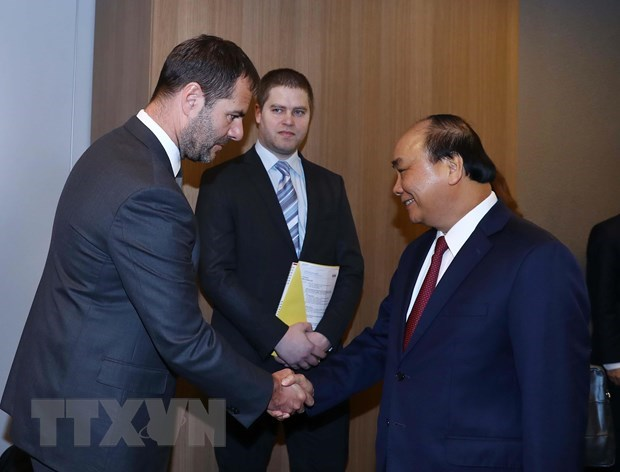 Le PM Nguyen Xuan Phuc recoit le president de la societe tcheque Home Credit hinh anh 1