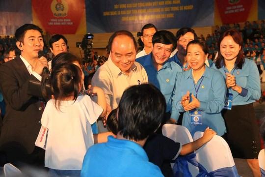Le Premier ministre aura dimanche un dialogue avec des techniciens de haut niveau hinh anh 1