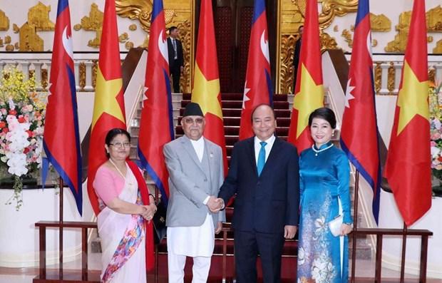 Le Premier ministre nepalais termine avec succes sa visite officielle au Vietnam hinh anh 1