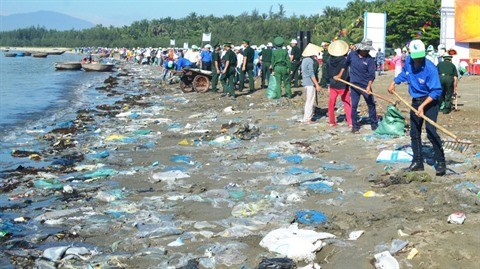 Combat contre les dechets plastiques: l'heure est a l'urgence hinh anh 1