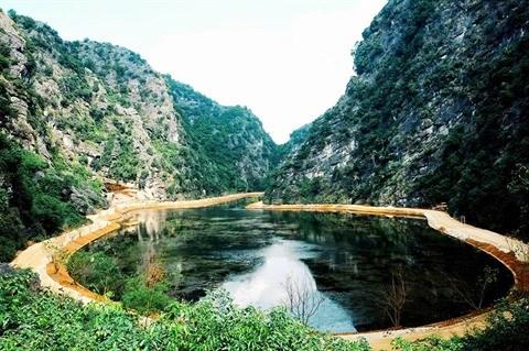 La grotte Am Tien a Ninh Binh hinh anh 1