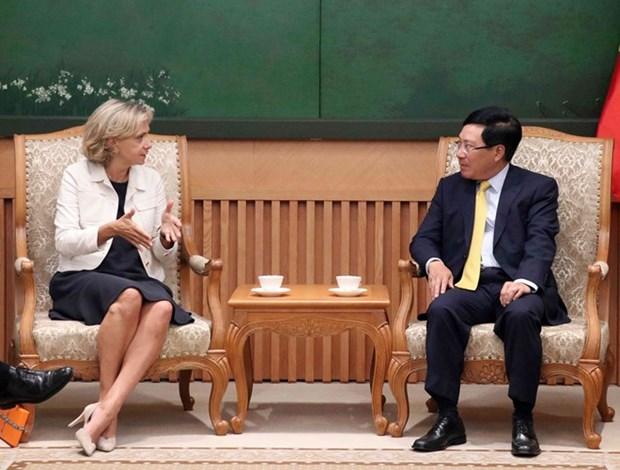 Le vice-PM Pham Binh Minh recoit la presidente de la region Ile-de-France hinh anh 1
