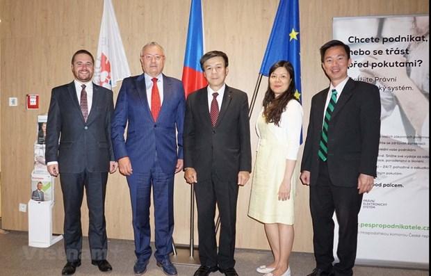 La Republique tcheque renforce sa cooperation commerciale avec le Vietnam hinh anh 1