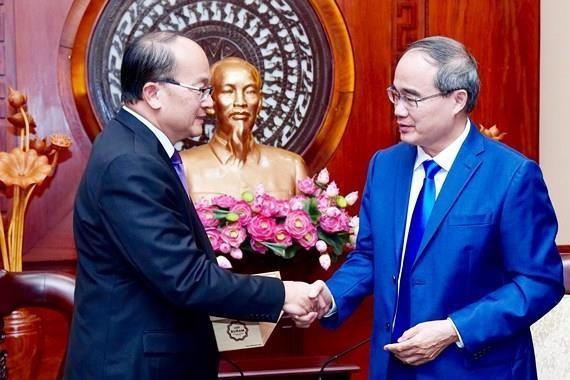 Renforcer la cooperation multiforme entre Ho Chi Minh-Ville et Singapour hinh anh 1
