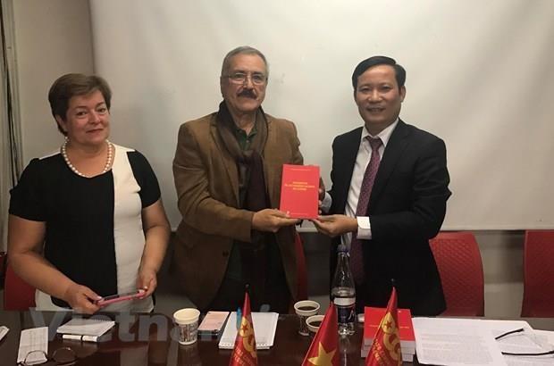 Les Partis communistes du Vietnam et de Colombie renforcent leur cooperation hinh anh 1
