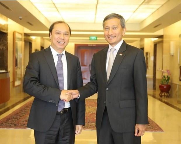 Le Vietnam et Singapour vont intensifier leur partenariat strategique hinh anh 1
