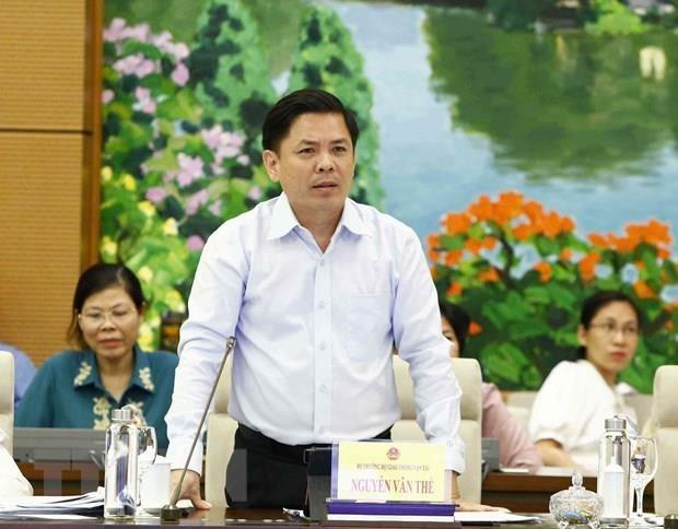 Le ministre des Communications et du Transport repond aux questions d'actualite hinh anh 1