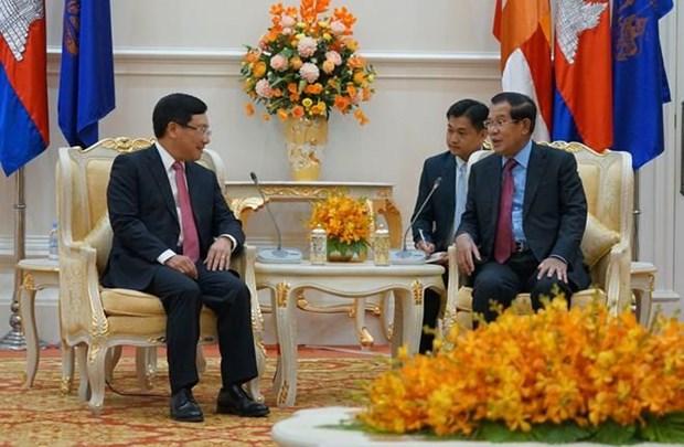 Le Vietnam donne la priorite a l'aide au Cambodge hinh anh 1