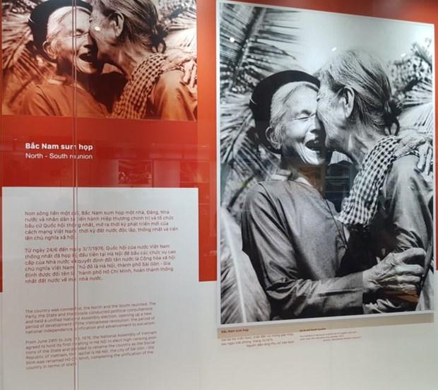 Exposition a l'occasion des 50 ans de l'application du Testament du president Ho Chi Minh hinh anh 1