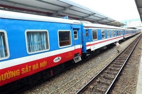 Fete nationale: des trains et autocars supplementaires hinh anh 1