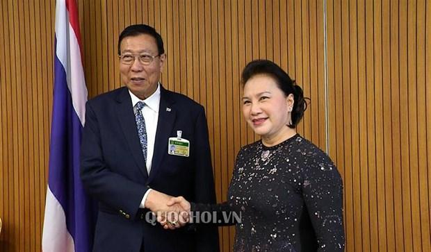 La presidente Nguyen Thi Kim Ngan rencontre le president du Senat thailandais hinh anh 1