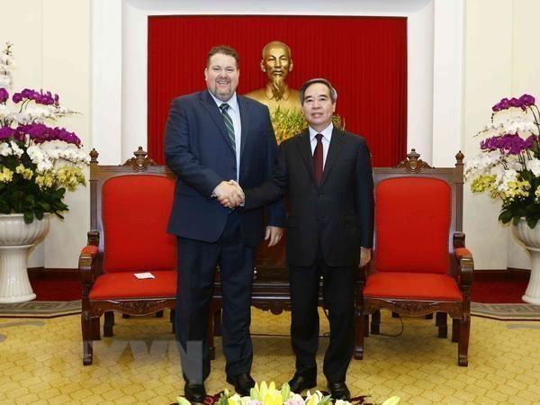Le Vietnam creera des conditions favorables pour les investisseurs en energies propres hinh anh 1