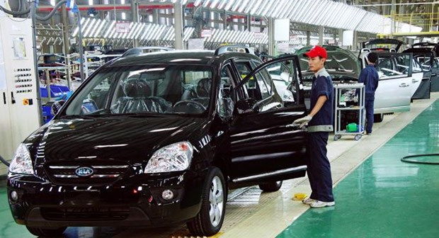 8 mois: hausse spectaculaire des importations nationales de vehicules hinh anh 1