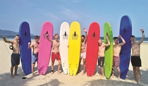 Da Nang surfe sur la vague des sports nautiques hinh anh 1