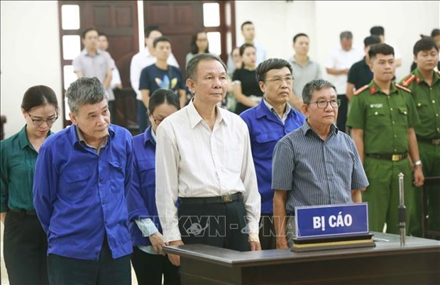 D'anciens dirigeants de la Securite sociale du Vietnam sont condamnes hinh anh 1