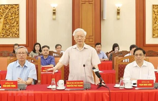 D'anciens dirigeants donnent leur avis sur le projet de rapport politique hinh anh 1