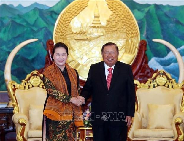 La presidente de l'AN Nguyen Thi Kim Ngan termine sa visite au Laos hinh anh 1