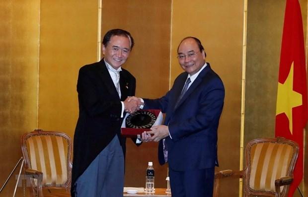Le PM Nguyen Xuan Phuc recoit le gouverneur de la prefecture de Kanagawa hinh anh 1