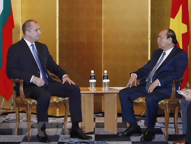 Le PM rencontre des dirigeants de la R. tcheque, de la Bulgarie et de l'Albanie hinh anh 2