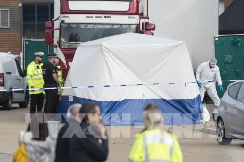 39 cadavres au Royaume-Uni: l'ambassade du Vietnam prendra des mesures de protection des citoyens hinh anh 1