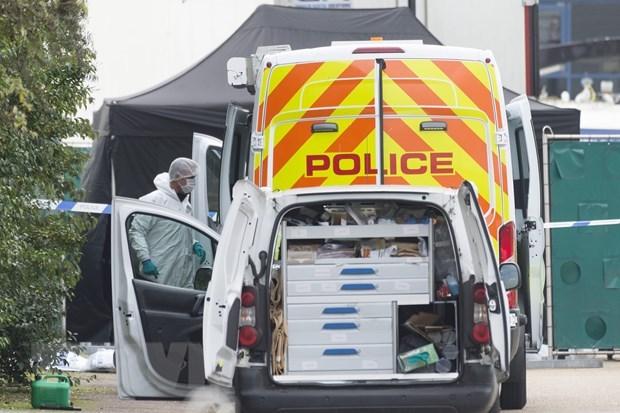 Accelerer l'identification des victimes de la tragedie du conteneur au Royaume-Uni hinh anh 1