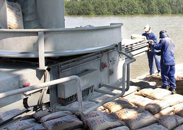 Les exportations nationales de ciment et clinker depassent le milliard de dollars en 10 mois hinh anh 1