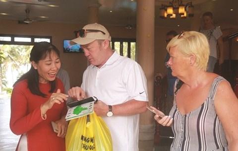 Grave penurie de travailleurs en tourisme a Phu Quoc hinh anh 1