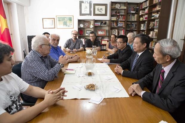 Une delegation du PCV effectue une visite de travail en Uruguay et en Argentine hinh anh 1