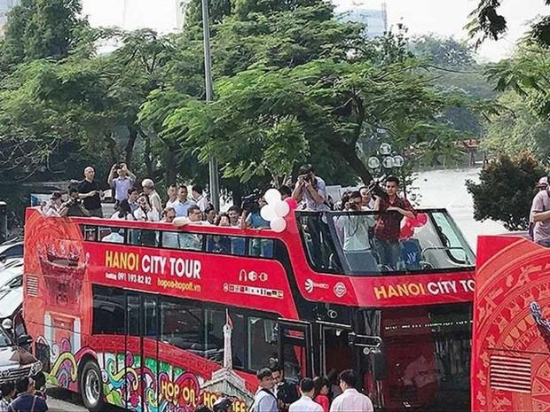 Ouverture des lignes de bus a deux etages pour les touristes de HCM-Ville hinh anh 1