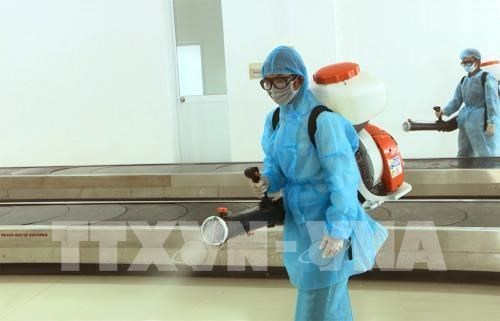 Cinq tonnes de desinfectant fournies pour aider a combattre les coronavirus hinh anh 1