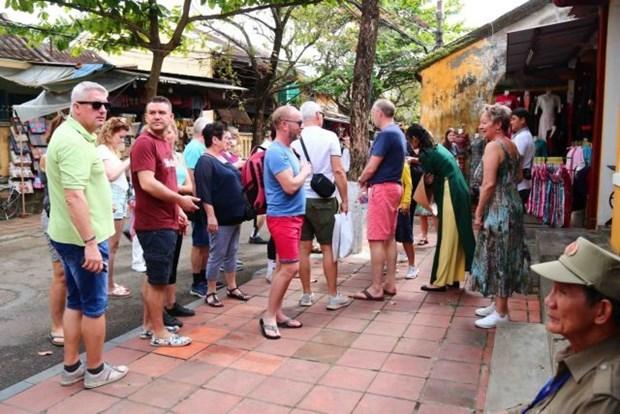 Les ressources humaines, cles du developpement touristique durable hinh anh 1