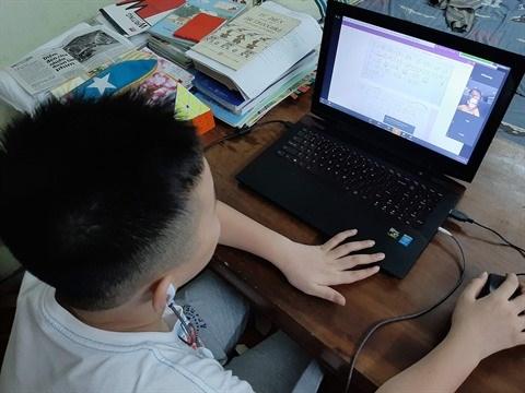 COVID-19 : les cours en ligne ont le vent en poupe hinh anh 1