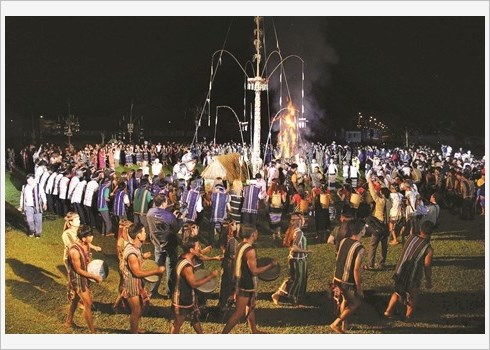 Les gongs, un espace culturel sacre des ethnies du Tay Nguyen hinh anh 1