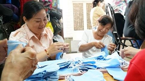 Ho Chi Minh-Ville: De belles initiatives pour contrer le COVID-19 hinh anh 1