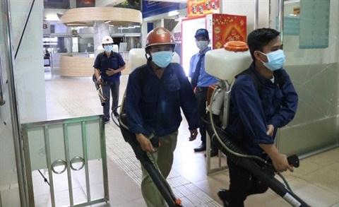 HCM-Ville: Prevenir de maniere proactive la pandemie dans les principales gares routieres hinh anh 1
