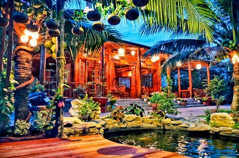 Insolite : la maison en cocotier a Vinh Long hinh anh 1