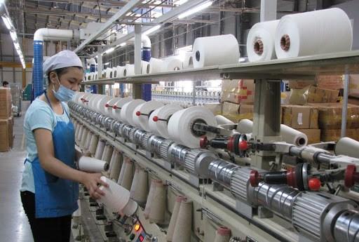 Vietnam: chute vertigineuse de l'indice des directeurs d'achat en avril hinh anh 1