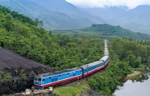 Evaluation de l'etude de prefaisabilite du chemin de fer express Nord-Sud hinh anh 1