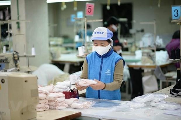 Une entreprise vietnamienne exporte un million de masques faciaux aux Etats-Unis hinh anh 1
