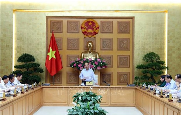 Le PM Nguyen Xuan Phuc demande de controler l'IPC au-dessous de 4% hinh anh 1