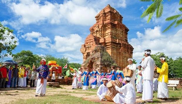 Preservation et valorisation de la culture de l'ethnie Cham hinh anh 1