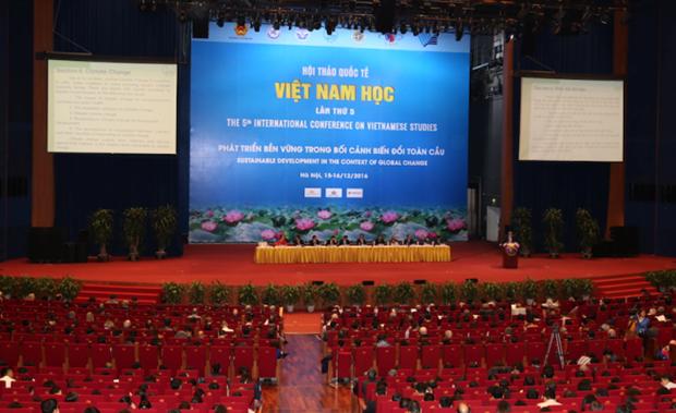 Le 5e colloque international de vietnamologie se clot sur un succes hinh anh 1