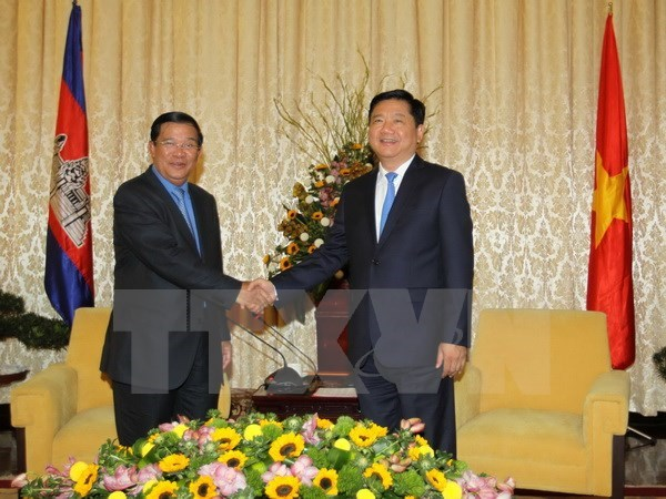 Samdech Techo Hun Sen reaffirme oeuvrer pour renforcer les liens Cambodge-Vietnam hinh anh 1