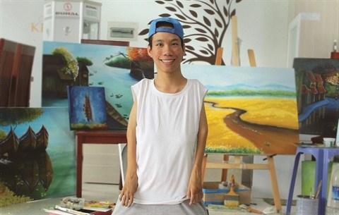 Le Minh Chau, le peintre qui voulait sortir du cadre du handicap hinh anh 2